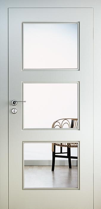 <b>PERLA PA 2.7</b><br>Weiss seidenmatt, <br>Glas Float klar